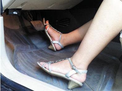 女性开车安全攻略指南