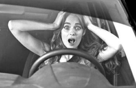 女性开车常见乌龙盘点及解决方案
