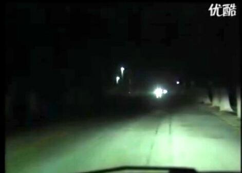 夜间驾驶行车技巧(视频)