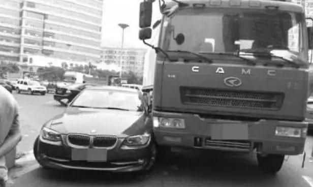 禁止右侧超车