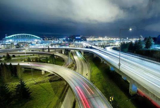 开车冷知识之高速公路为什么永远是弯的